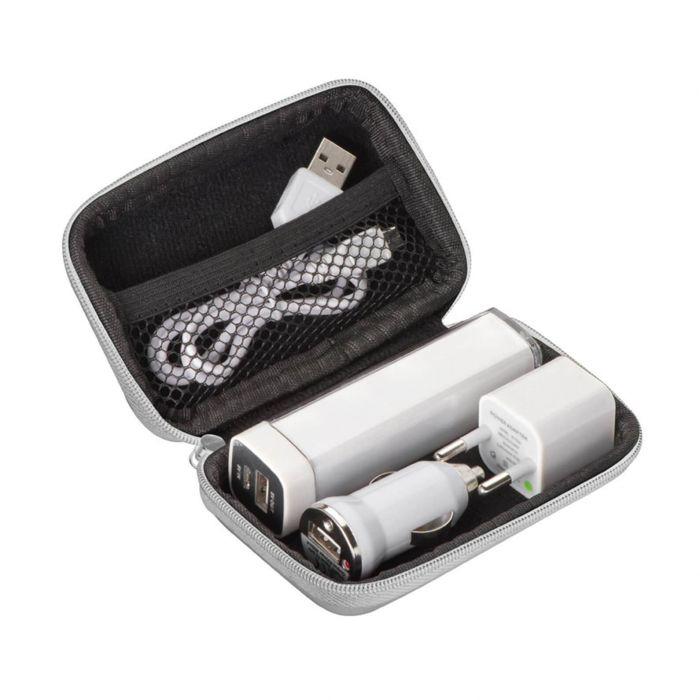 Reise Stecker Set bestehend aus Powerbank, 12V Adapter und USB Stecker